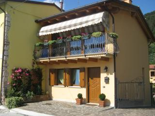 Nice Bed and Breakfast with Internet Access and A/C - Pove del Grappa vacation rentals