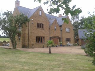 Lower Tadmarton House - Banbury vacation rentals