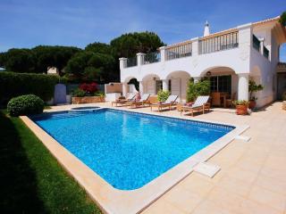 Charming Four Bedroom Villa near Quinta do Lago - Vale do Lobo vacation rentals