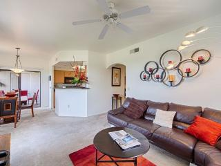 LOW PRICE Stuning condo on golf course [ casa java - Scottsdale vacation rentals