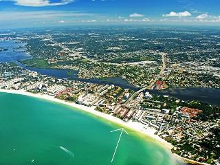 Crescent Beach - 2BR- Beachfront Condo Complex - Siesta Key vacation rentals