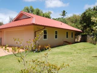Romantic 1 bedroom Cottage in Haleiwa - Haleiwa vacation rentals
