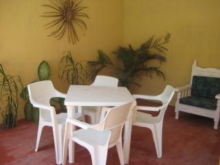 Downtown Chelem Poolside Apartment! - Chelem vacation rentals