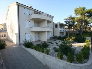 DJAKOVIC (1203-2828) - Silo vacation rentals