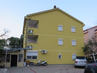 Nice 2 bedroom House in Klimno - Klimno vacation rentals