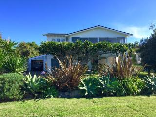 Ginger Lodgings - Wainui Beach Unit - Gisborne vacation rentals