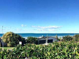 Ginger Lodgings - Wainui Beach Unit - Gisborne vacation rentals