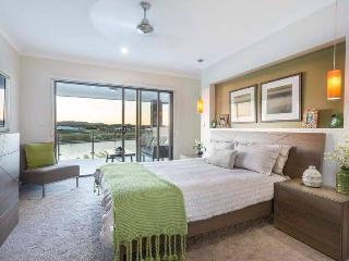 Brightwater Lakeside Luxury Holiday House - Sippy Downs vacation rentals