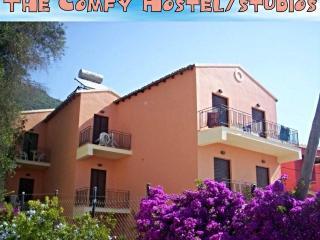 comfyhostel/studios Ipso's corfu - Ipsos vacation rentals