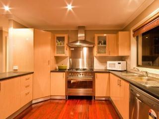Perfect 5 bedroom House in Terrigal - Terrigal vacation rentals
