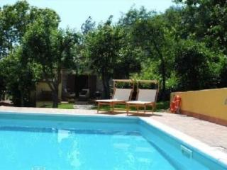 Lovely 2 bedroom House in Comano with Internet Access - Comano vacation rentals