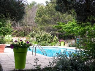 Nice Villa with Internet Access and Dishwasher - Aix-en-Provence vacation rentals