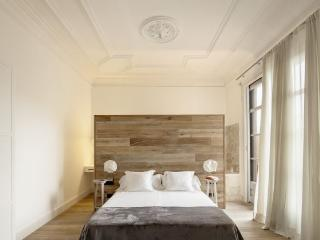 White Sensation Apartment Paseo De Gracia - Barcelona vacation rentals