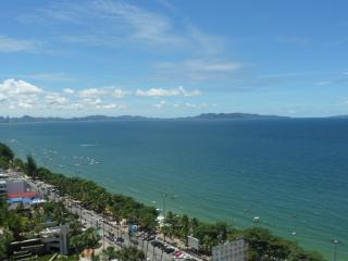 BANGKOK-PATTAYA JOMTIEN 20th floor view  on sea - Pattaya vacation rentals