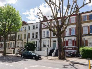 Little Venice 2 bed flat 92 - London vacation rentals