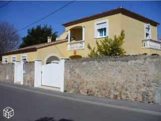 Romantic 1 bedroom Sete Guest house with Internet Access - Sete vacation rentals