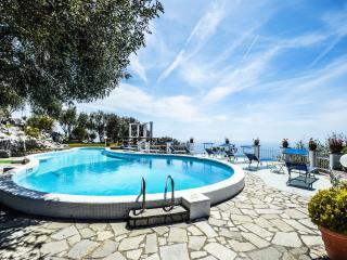 VILLA IL MIRTO - Sant'Agata sui Due Golfi vacation rentals