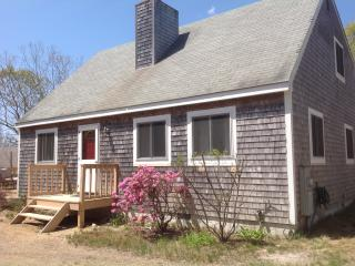 Perfect Edgartown vacation House with Deck - Edgartown vacation rentals