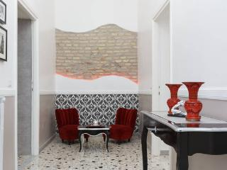 PIUMITH Luxury House Trastevere - Rome vacation rentals