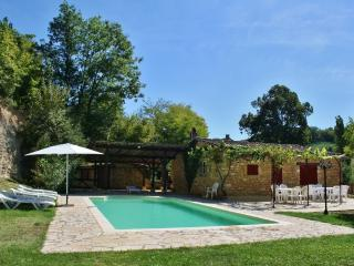 Perfect 6 bedroom Vacation Rental in Marnac - Marnac vacation rentals