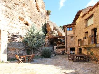 Beautiful home, Private Garden, Total Privacy - Province of Lleida vacation rentals