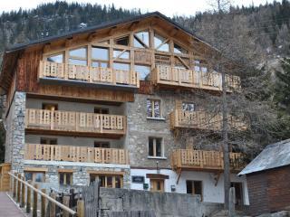 Chalet Hattiers Large Apartment - Tignes vacation rentals