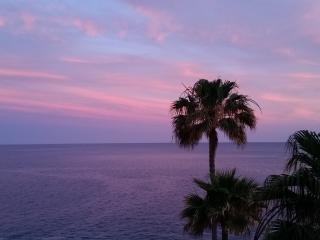 Beautiful SEAFRONT apartment 100m2 SOUTH TENERIFE - Costa del Silencio vacation rentals