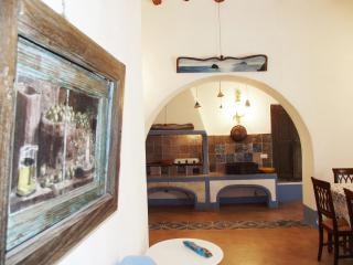 Cozy 2 bedroom Malfa Townhouse with Water Views - Malfa vacation rentals
