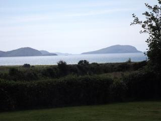 Red Cliff House Self Catering - Relax and Unwind.. - Ballinskelligs vacation rentals