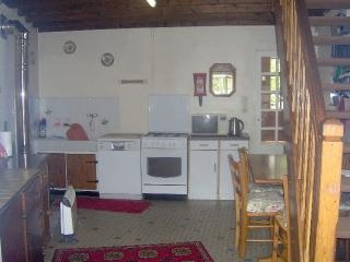 Lovely Gite with Toaster and Washing Machine - Messac vacation rentals