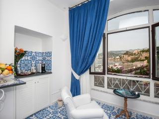 Surriento Suites Bed&Breakfast - Incanto Room - Sorrento vacation rentals