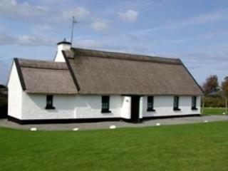 Ballyvaughan Holiday Cottages 4 Bed (Type A) : Ballyvaughan, Clare - Tulla vacation rentals