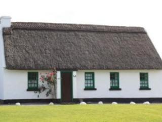 Ballyvaughan Holiday Cottages - 3 Bed (Type B) : Ballyvaughan, Clare - Tulla vacation rentals