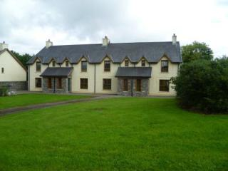 Kenmare Holiday Village - 3 Bed (Type B) : Kenmare, Kerry - Kenmare vacation rentals