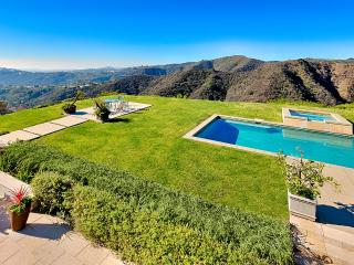4 bedroom Villa with A/C in Beverly Hills - Beverly Hills vacation rentals