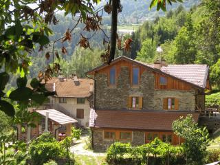 mansarda in  antico maso, poggioli splendida vista - Caldonazzo vacation rentals