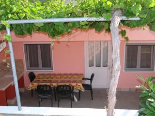 Cozy 1 bedroom Condo in Stari Grad with Television - Stari Grad vacation rentals