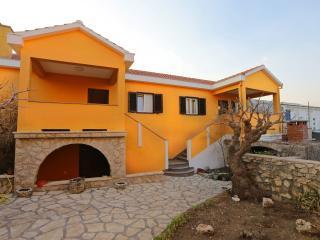 36225 A2(2+2) - Razanac - Razanac vacation rentals