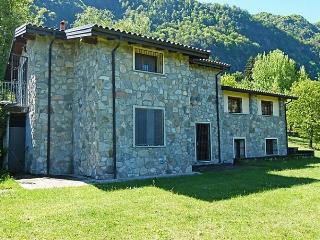 Pianeggi - Porto Valtravaglia vacation rentals
