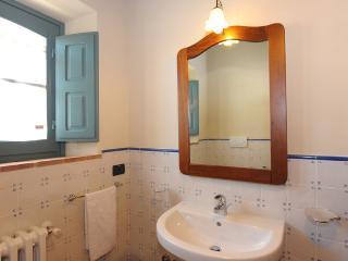 2 bedroom Apartment with Shared Outdoor Pool in Vergelle - Vergelle vacation rentals