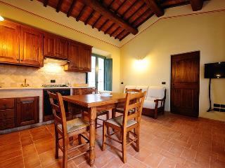 1 bedroom Apartment with Shared Outdoor Pool in Vergelle - Vergelle vacation rentals