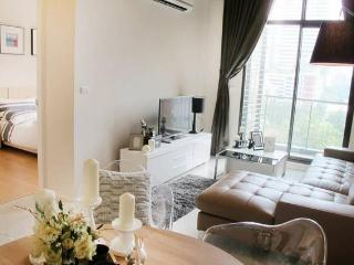 101 VIEW!3bed/2bath FamilyHome SOGO MRT FUXING STN - Taipei vacation rentals