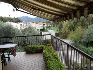 Terrace Green Lake Walks Bike Golf Wine&Food +WiFi - Clusane sul Lago vacation rentals