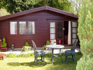 Comfortable 1 bedroom Llantrisant Cabin with Television - Llantrisant vacation rentals