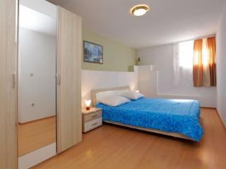 Aurora Apartments 4, A4 - Bol vacation rentals