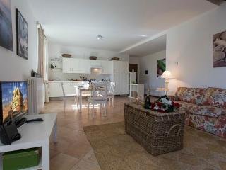Charming 2 bedroom Apartment in Varenna - Varenna vacation rentals