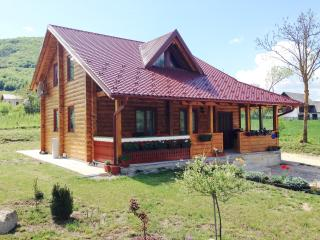 Romantic 1 bedroom Condo in Plitvica with Deck - Plitvica vacation rentals