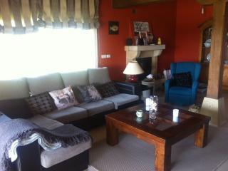 Bright 4 bedroom Chalet in Santa Cruz de Bezana with Internet Access - Santa Cruz de Bezana vacation rentals