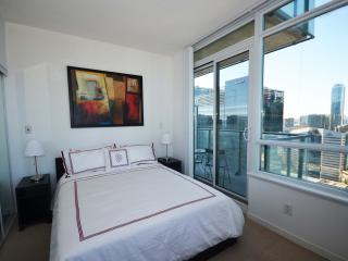 1 bedroom furnished apartment downtown toronto - Toronto vacation rentals