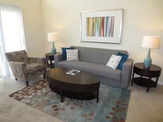 Lux Stamford 2BR w/pool & FREE pkg - Stamford vacation rentals